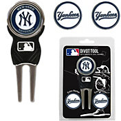 Team Golf New York Yankees Divot Tool and Marker Set