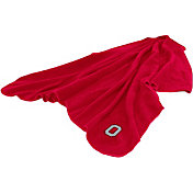 Ohio State Buckeyes Huddle Throw